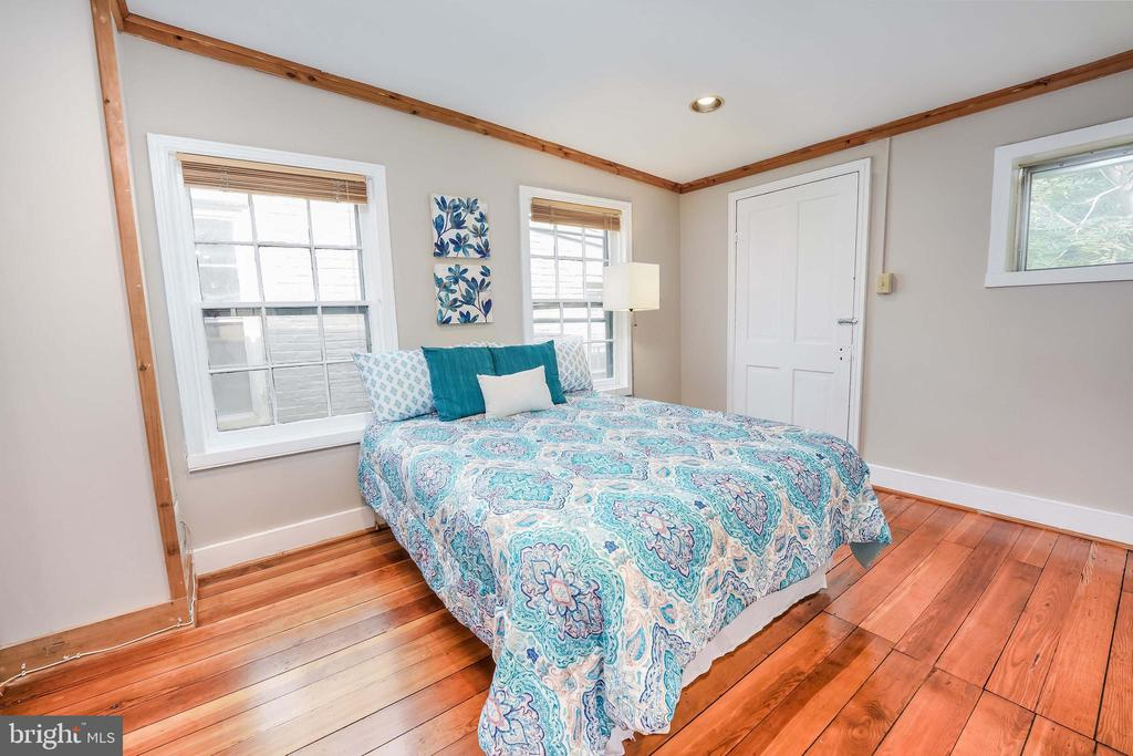 Second Bedroom w/Door to Balcony - 21 E SOUTH ST, FREDERICK