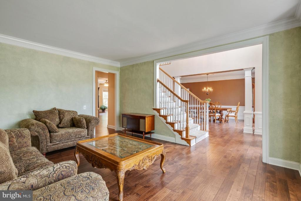 Large Formal Dining Room - 6809 CLIFTON GROVE CT, CLIFTON