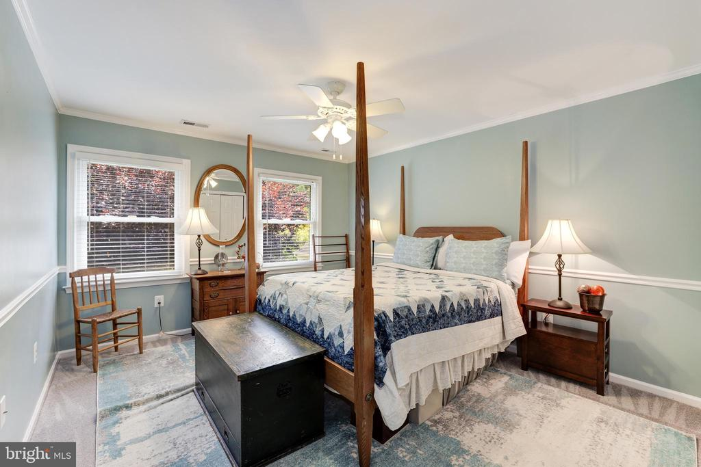 Large Bedroom 2 - 8104 FLOSSIE LN, CLIFTON