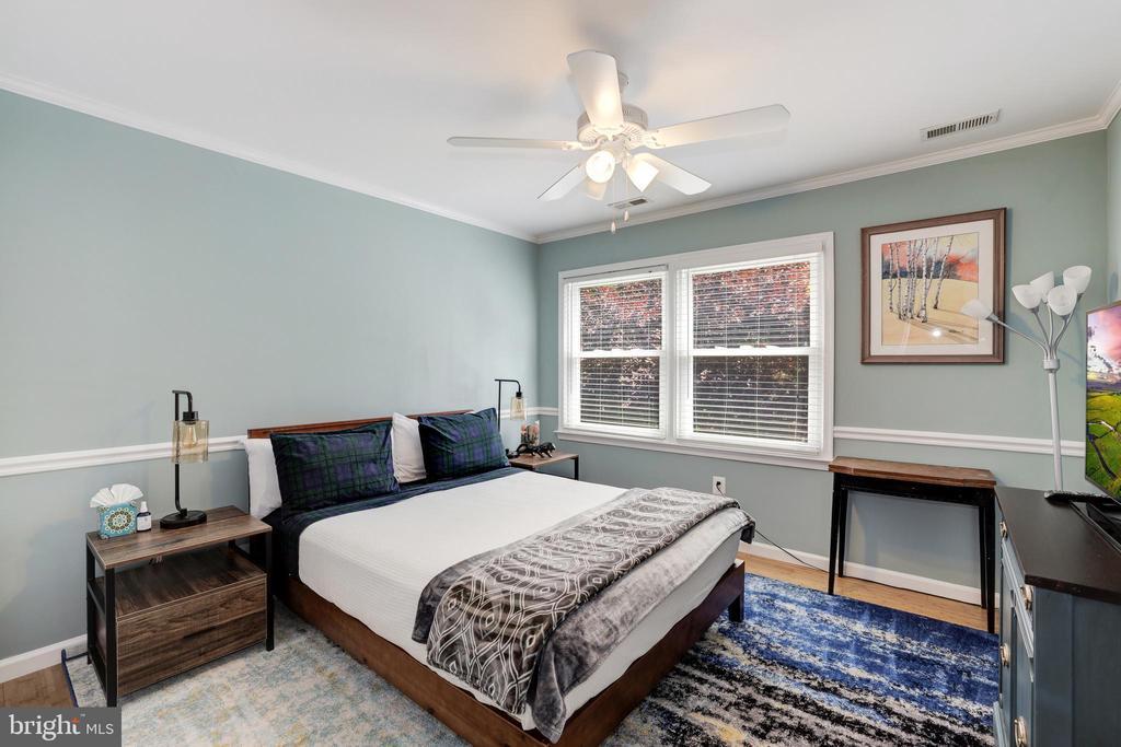 Bedroom 3 - 8104 FLOSSIE LN, CLIFTON