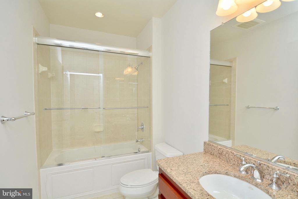 2nd Bathroom - 1830 FOUNTAIN DR #1208, RESTON