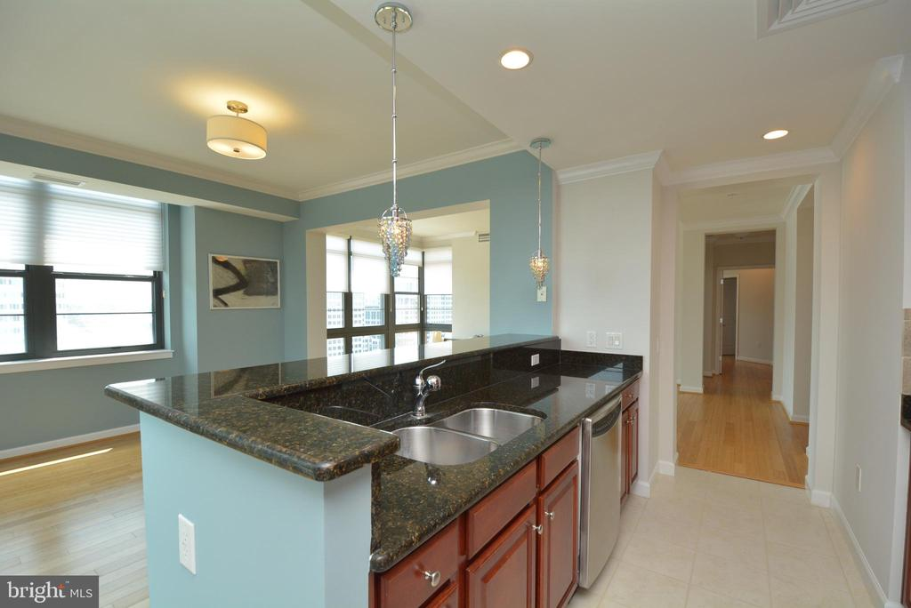 Kitchen and Fining Room View - 1830 FOUNTAIN DR #1208, RESTON