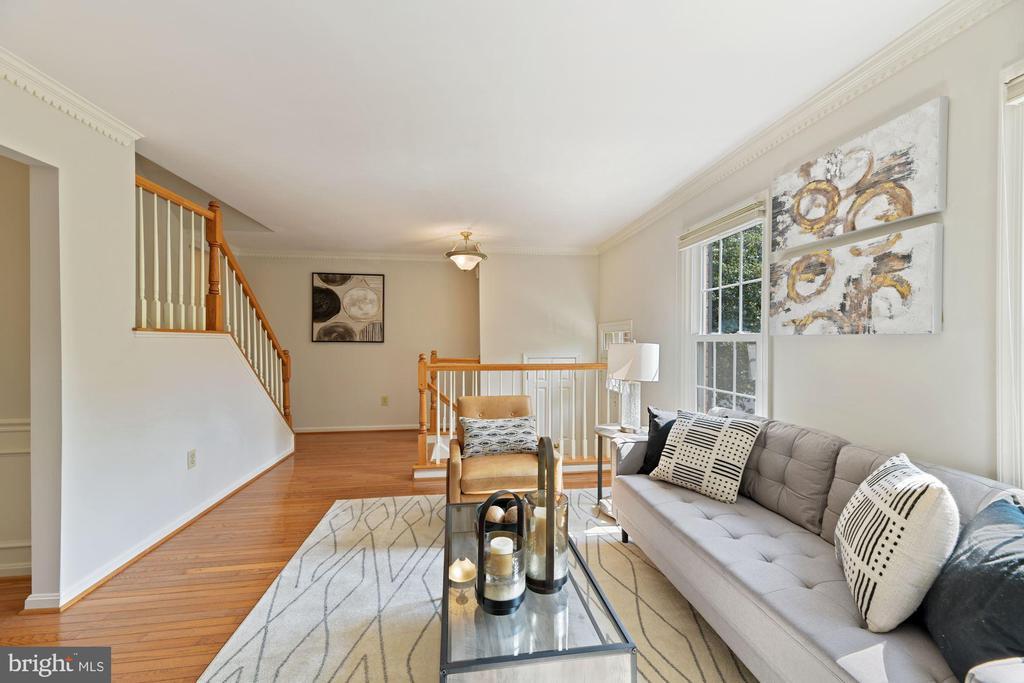 Living Room Boasts Hardwood Floors! - 8009 MERRY OAKS LN, VIENNA