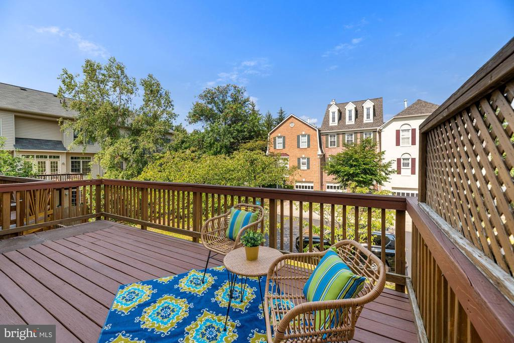 Large Deck Located Off Kitchen! - 8009 MERRY OAKS LN, VIENNA