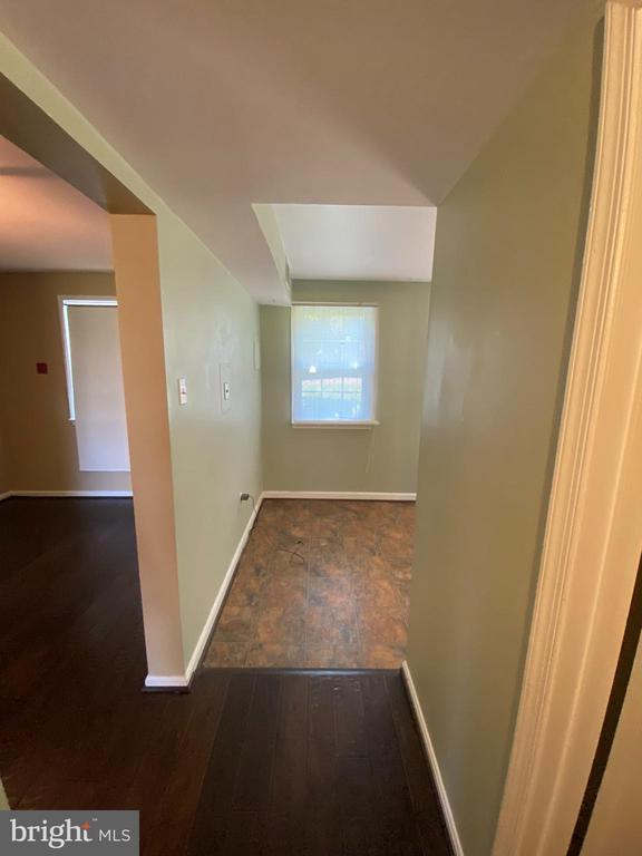DINING AND KITCHEN ENTRANCES - 710 QUINCE ORCHARD BLVD #P-1, GAITHERSBURG