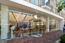 Apple Store - 12079 CHANCERY STATION CIR, RESTON