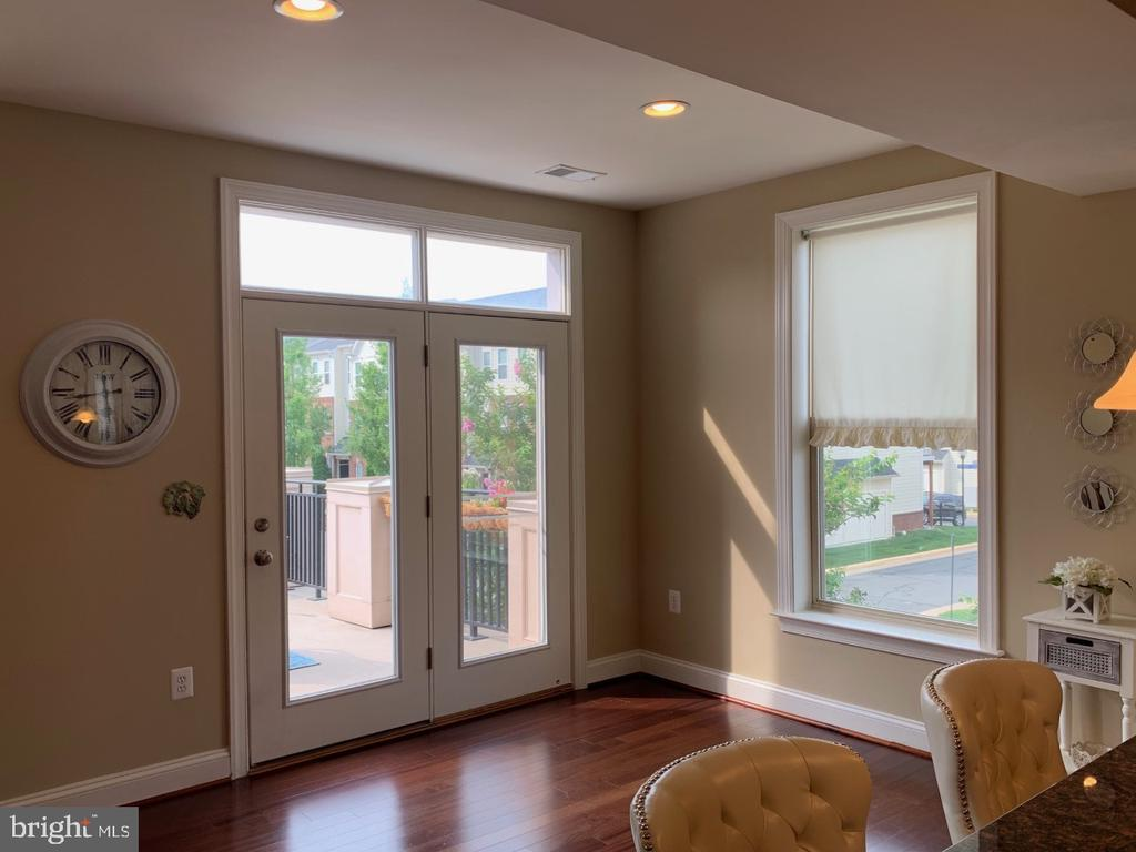 Access to one of two outdoor terraces - 19383 NEWTON PASS SQ #R06V, LEESBURG