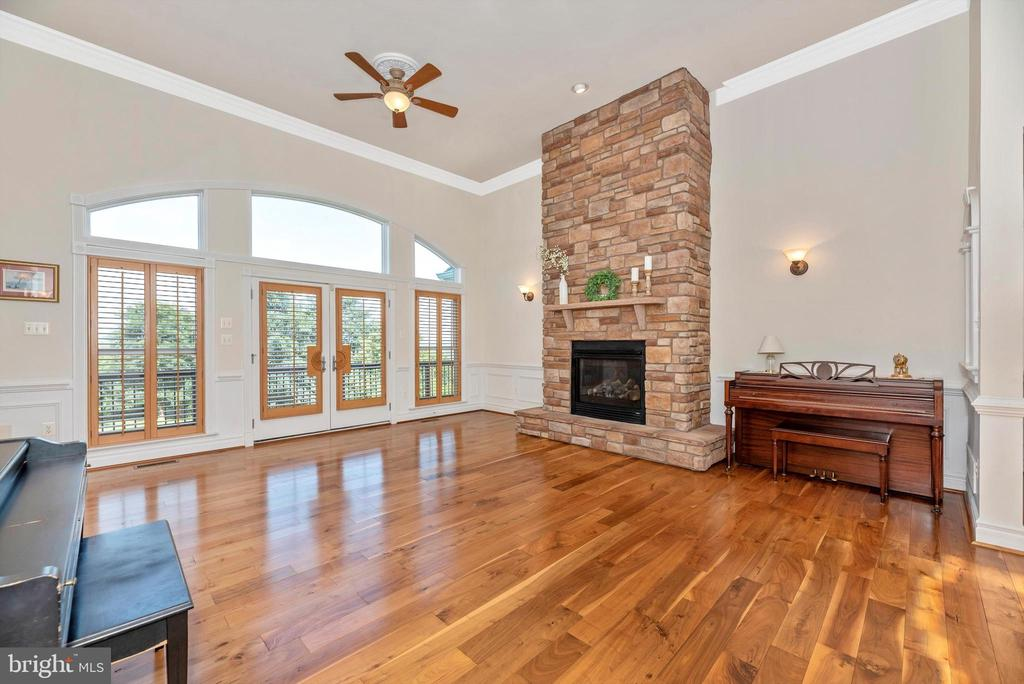 Floor to Ceiling Fireplace - 7525 OLD RECEIVER RD, FREDERICK