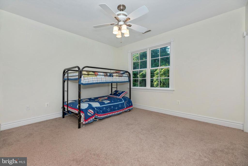 Oversized Bedroom #3 - 7525 OLD RECEIVER RD, FREDERICK