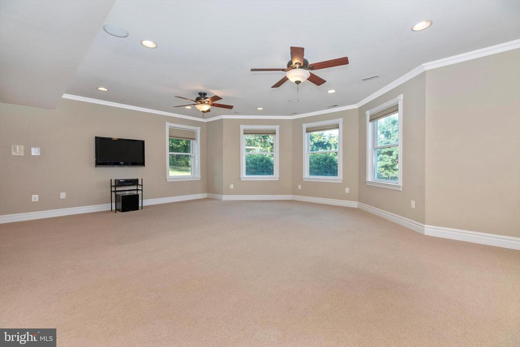 Fully Finished Basement Recreation Area - 7525 OLD RECEIVER RD, FREDERICK