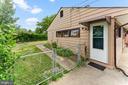 Fenced back yard/ Side view - 4800 FLOWER LN, ALEXANDRIA