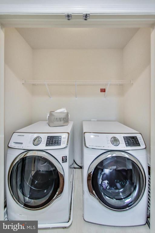Convenient upper level laundry room - 23636 SAILFISH SQ, BRAMBLETON