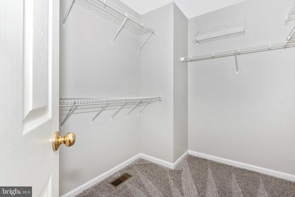 walk in closet - 5188 DUKE CT, FREDERICK