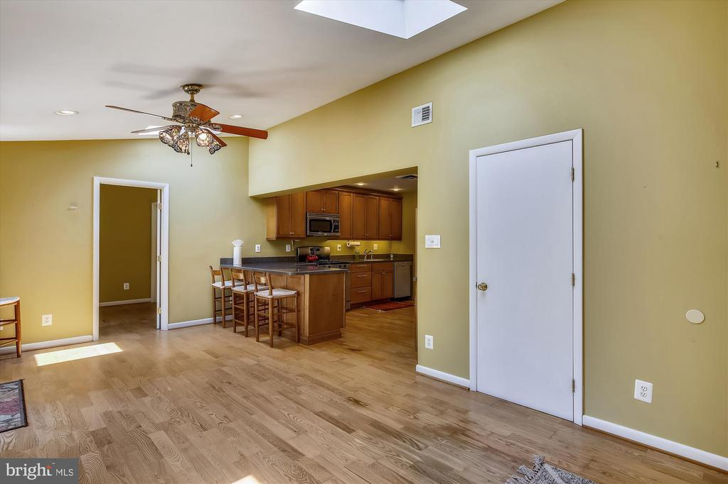 Family Room Addition w/4th Bedroom - 6204 EVERGLADES DR, ALEXANDRIA
