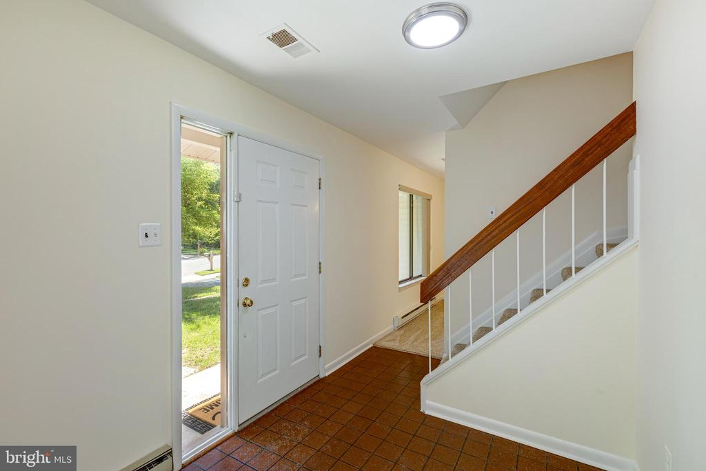 Foyer - 1534 YOUNGS POINT PL, HERNDON