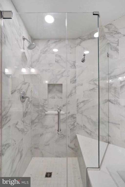 Gorgeous Marble Shower with Sitting Area - 12079 CHANCERY STATION CIR, RESTON