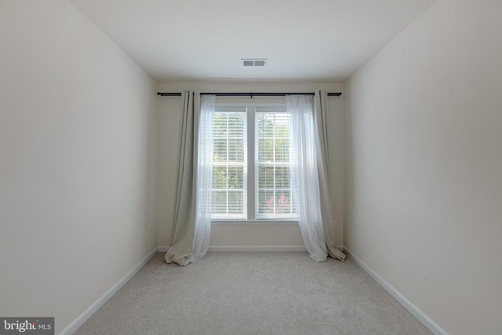 Primary bedroom sitting area - 43151 CROSSWIND TER, BROADLANDS