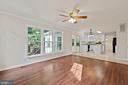 Bright and beautiful family room! - 15 SARRINGTON CT, STAFFORD