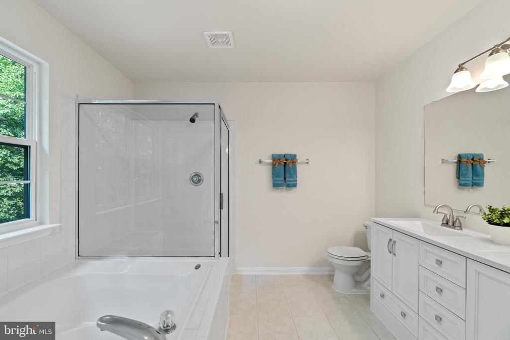Primary bath with new double vanity and shower - 15 SARRINGTON CT, STAFFORD