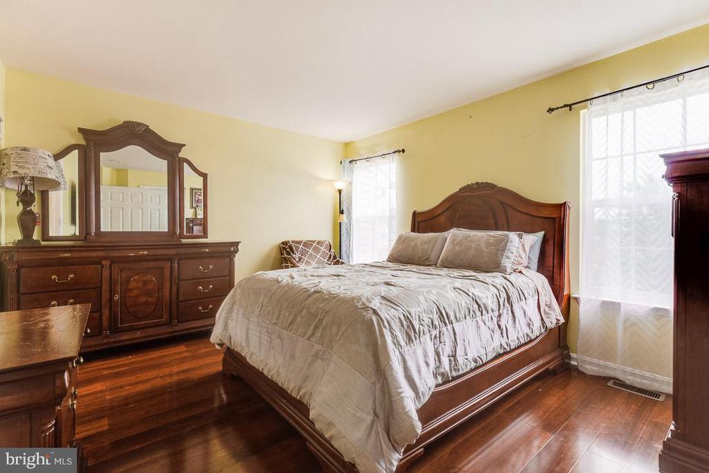 Primary bedroom - 201 GOLDEN LARCH TER NE, LEESBURG