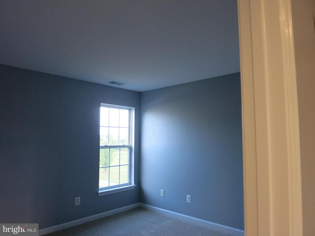 4th bedroom - 11139 EAGLE CT, BEALETON
