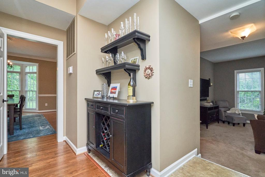 From Kitchen to Dining Room - 4291 LAWNVALE DR, GAINESVILLE