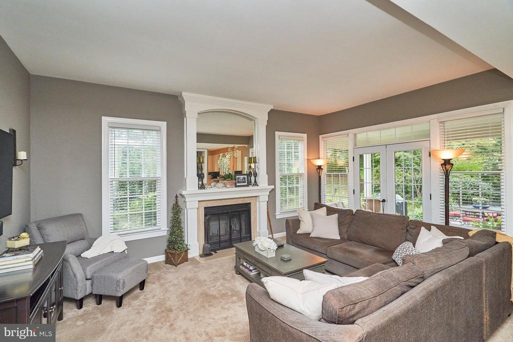 Family Room with 2nd Fireplace (WoodBurning) - 4291 LAWNVALE DR, GAINESVILLE