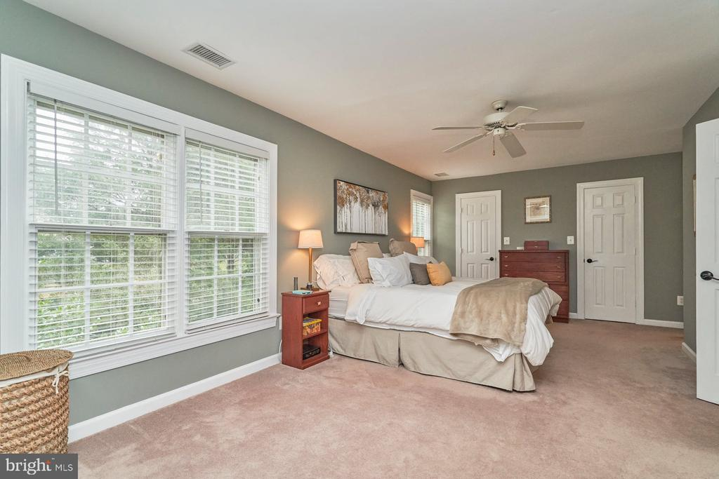 Primary Bedroom - 4291 LAWNVALE DR, GAINESVILLE