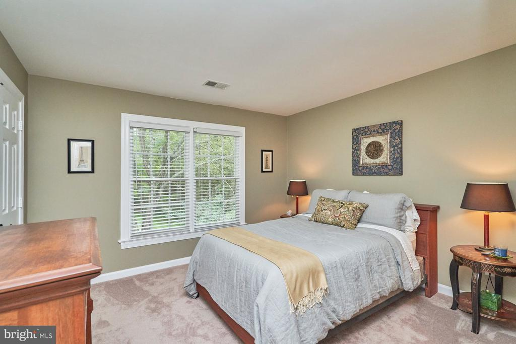 Secondary Bedroom - 4291 LAWNVALE DR, GAINESVILLE