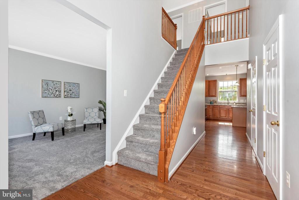 Foyer/Stairwell - 303 TIGER WAY, BOONSBORO