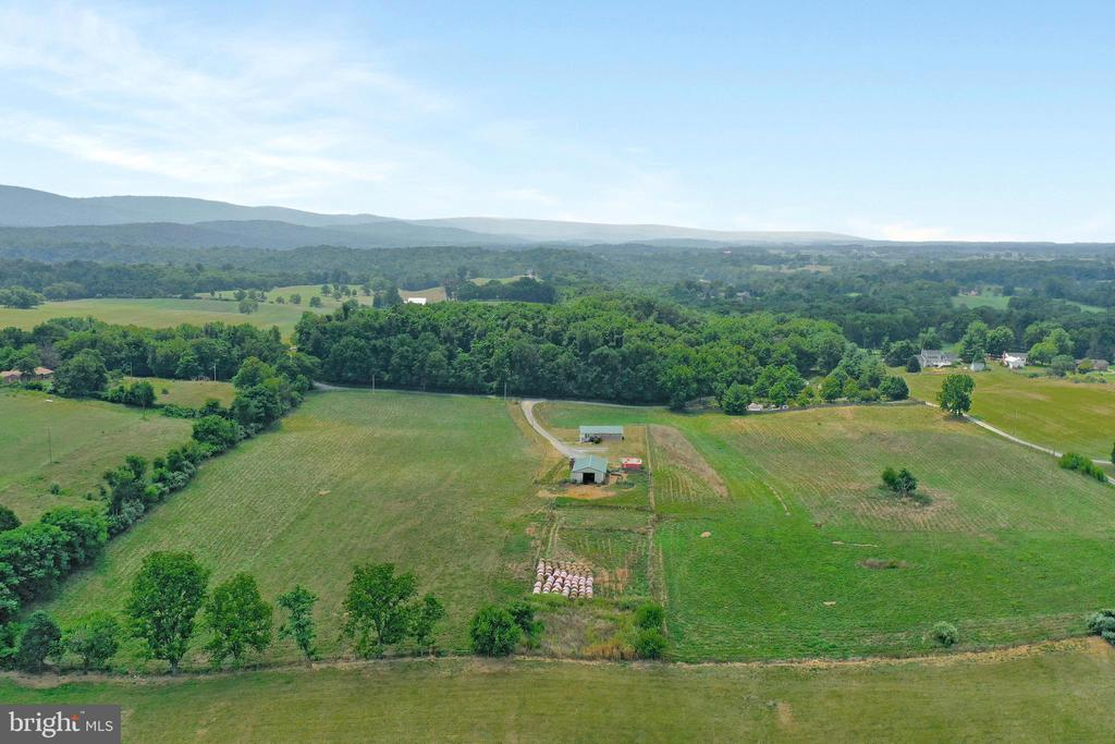 Jefferson County West Virginia - 857 MT HAMMOND, CHARLES TOWN