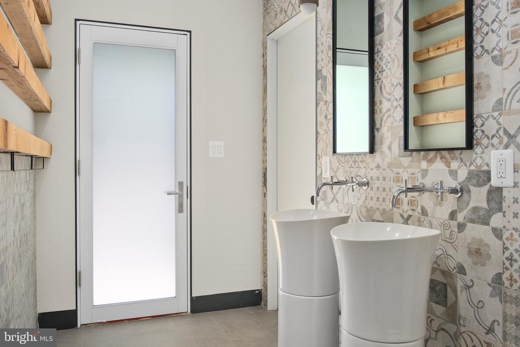 Pool shower room - 1120 GUILFORD CT, MCLEAN