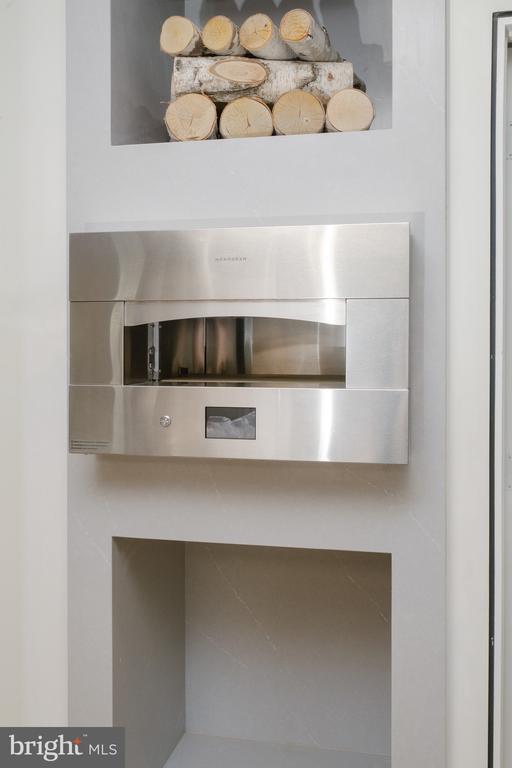 Monogram Pizza Oven inside Quartz wall - 1120 GUILFORD CT, MCLEAN