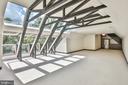 High ceiling spacious entertainment space - 1120 GUILFORD CT, MCLEAN
