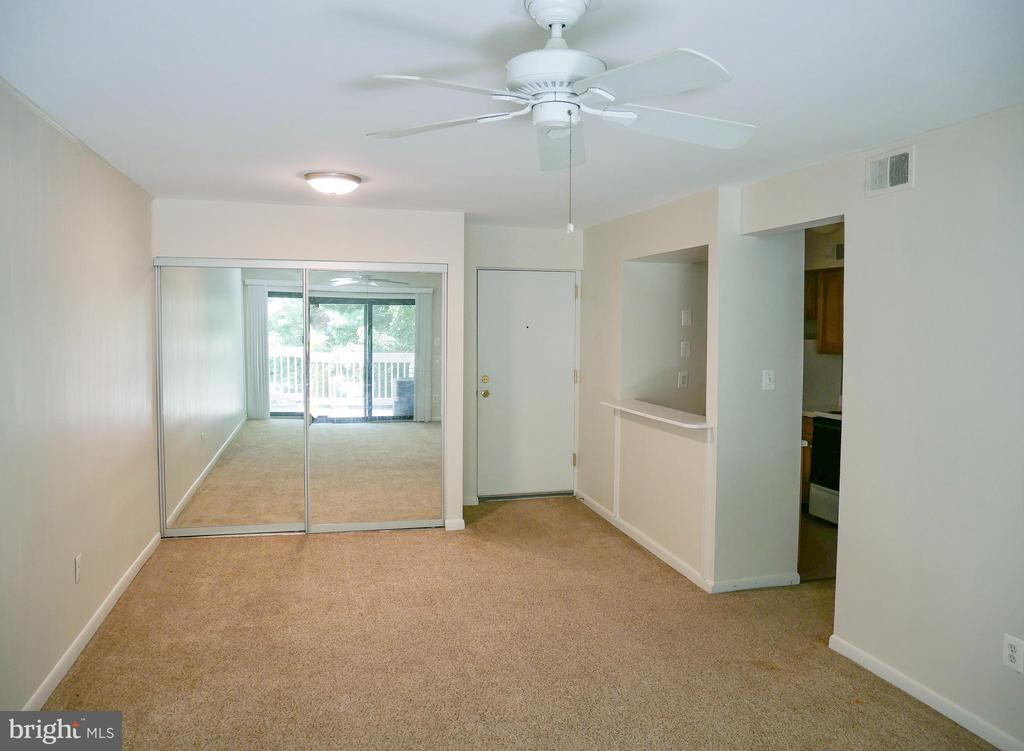 Main Living Area - 5761 REXFORD CT #S, SPRINGFIELD