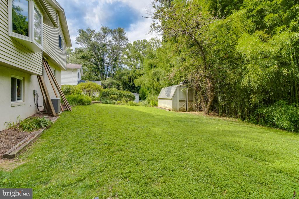 - 1214 DOWNS DR, SILVER SPRING