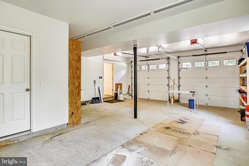 Garage - 3038 N PEARY ST, ARLINGTON