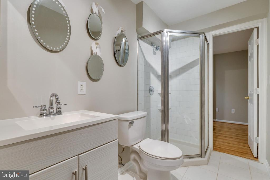 Basement 3rd Full Bath - 4253 EXETER DR, DUMFRIES