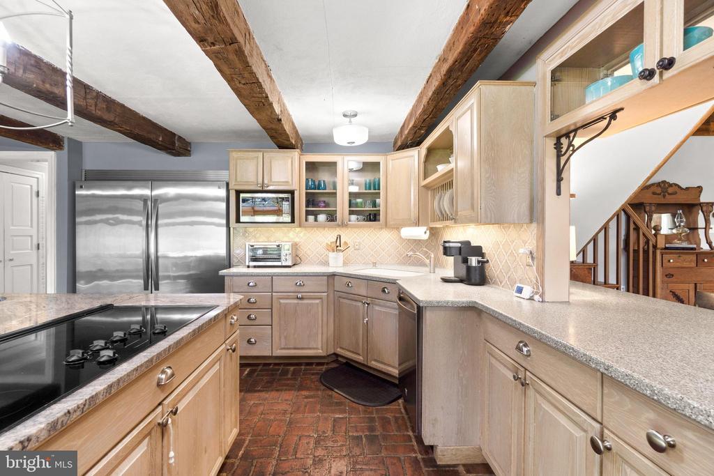 Kitchen - 2425 DAISY RD, WOODBINE