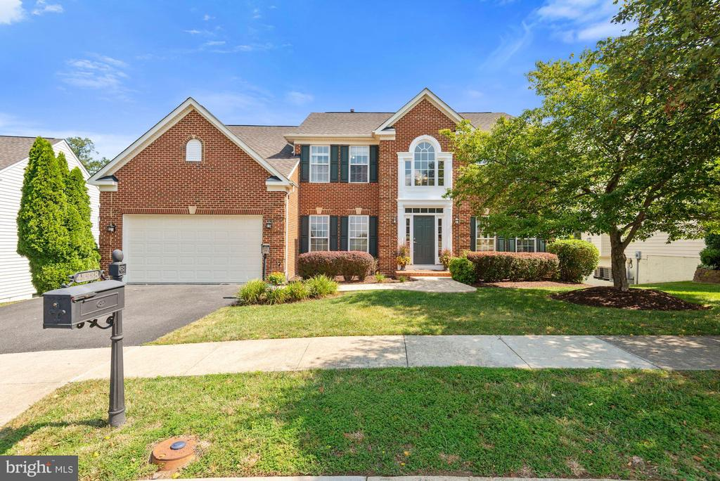 - 43338 COTON COMMONS DR, LEESBURG