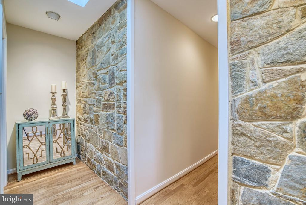 charm and character - 9900 MOSBY RD, FAIRFAX