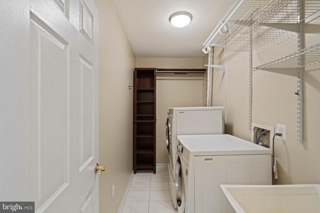 Laundry Room on Lower Level - 22916 REGENT TER, STERLING