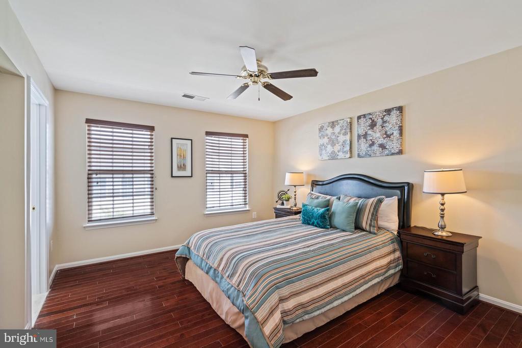 Owner's Bedroom on Upper Level - 22916 REGENT TER, STERLING