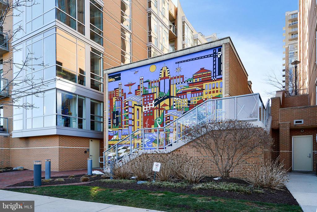 Mural Reston Center - 11776 STRATFORD HOUSE PL #407, RESTON
