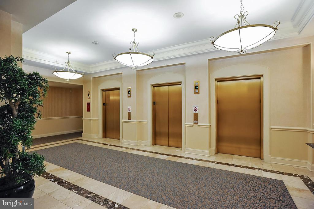 Elevators - 11776 STRATFORD HOUSE PL #407, RESTON
