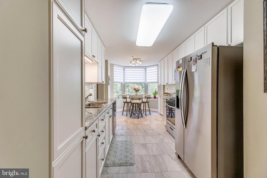 Kitchen - 11776 STRATFORD HOUSE PL #407, RESTON