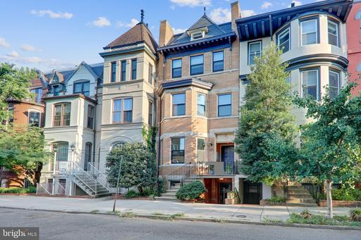 1758 NW CORCORAN ST NW #2