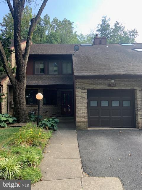 11605 Clubhouse Court - 11605 CLUBHOUSE CT, RESTON
