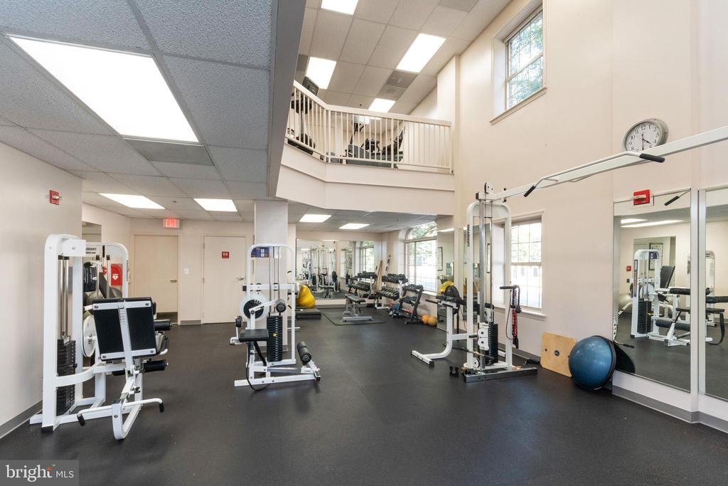 Fitness center on garage level of 2181 - 2181 JAMIESON AVE #2010, ALEXANDRIA
