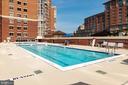 Outdoor pool on fourth floor rooftop - 2181 JAMIESON AVE #2010, ALEXANDRIA